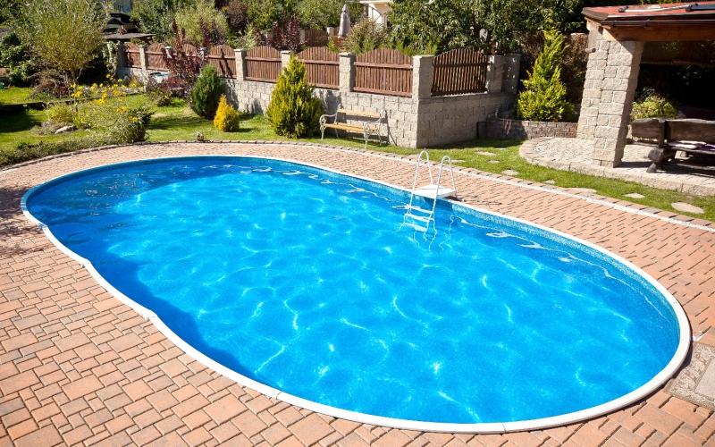 Costruire una piscina interrata in 5 semplici passaggi - Piscina interrata permessi ...