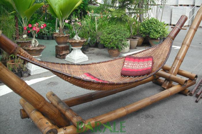 Arredare con il bamb lampadari letti e mobili etnici for Bambu arredamento