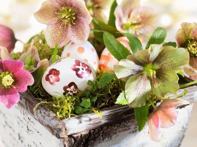 5 semplici idee fai da te per decorare la tavola di pasqua for Lavoretti per decorare la stanza