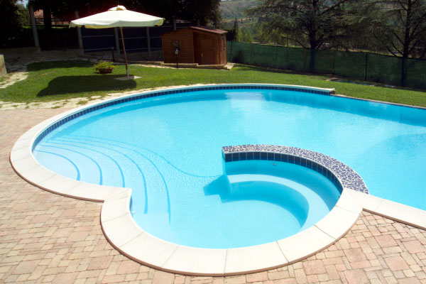 Interesting di inizio lavori o permesso di costruire with quanto costa piscine interrate vetroresina - Quanto costa una piscina interrata ...
