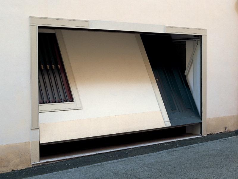 La finestra basculante per la tua casa finestre a nastro - Porta basculante per cani fai da te ...